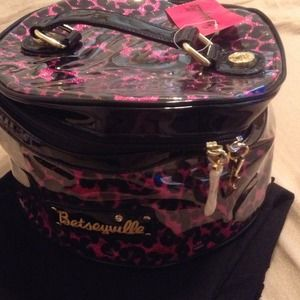 Betseyville Makeup Bag