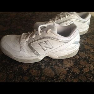 New Balance Tennis Shoes perfect Cond. worn once