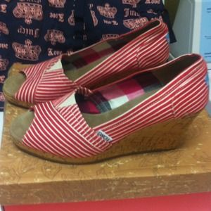 Toms shoes toms red and white stripe calypso espadrilles