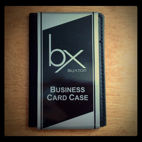 Buxton accessories nwt leather businesscredit card holder poshmark buxton leather businesscredit card holder colourmoves