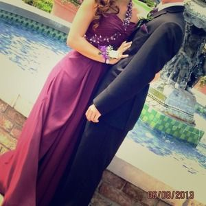 gorgeous purple prom dress