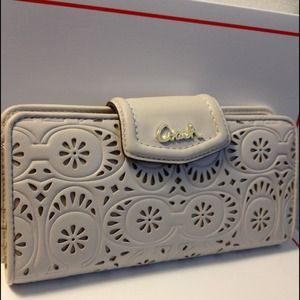 COACH BRASS/IVORY ASHLEY LACE LEATHER SLIM WALLET