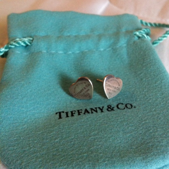 c1d6fa1a4 Return to Tiffany mini heart tag earrings. M_51b5f80767afe328aa016e66