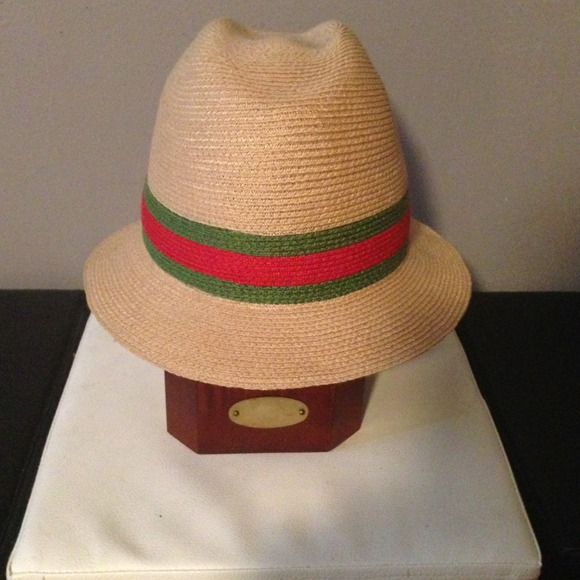 Gucci Accessories - Gucci signature logo straw hat 36dc2d846631