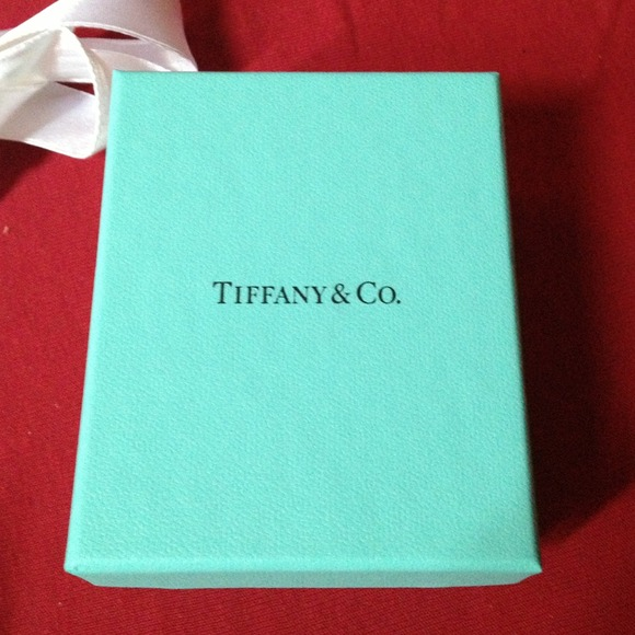 Tiffany & Co. - Small shopping bag and box Tiffany and Co from ...