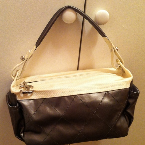 Brand New Chanel Messenger Bag 32c6834ac7d78