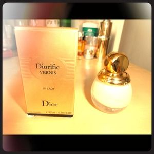 Limited edition!Dior vernis nail011Lady Brand new!