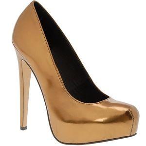 Beautiful bronze-gold pumps! Sleek & shiny, size 5
