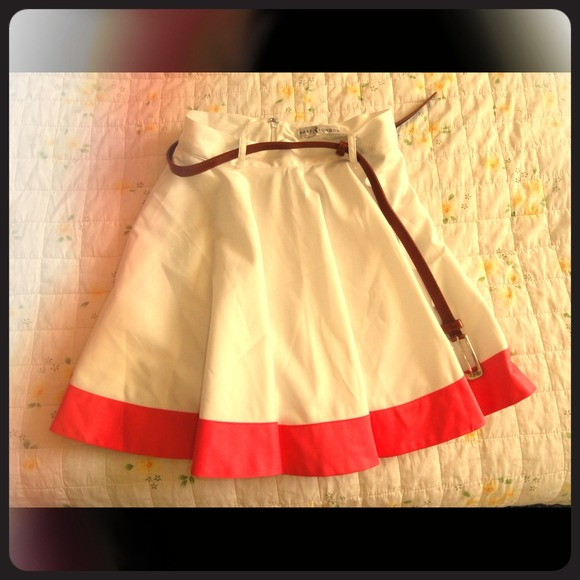 Dresses & Skirts - Top quality skirt from Europe! X-small size. New!