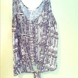 Kirra rayon linen tribal tie shirt size M