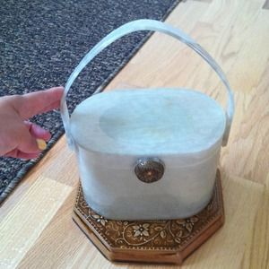 On Sale and Host Pick!! Vintage Lucite Purse
