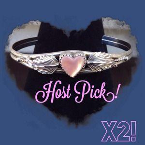 Jewelry - 🎉Host Pick X2! 🎉 Pink Mussel Cuff Bracelet