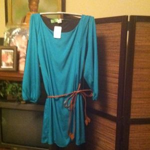 Dresses & Skirts - TRADED NWT CHIFFON BELTED TEAL DRESS