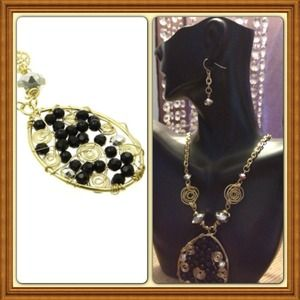Black lucite bead and pearl necklace and earrings