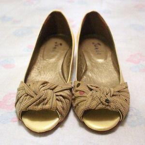 Metallic Yellow Heels