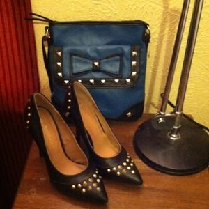 Shoes - ¡¡¡¡¡ SOLD !!!!!! Gorgeous studded heels