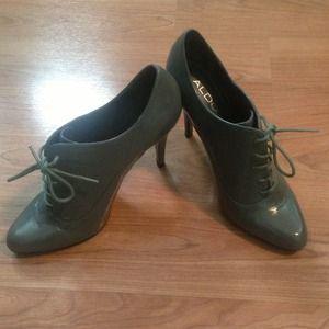 Brand new grey ALDO heels