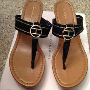 Tommy Hilfiger Shoes - Tommy Hilfiger  thong wedges in Navy