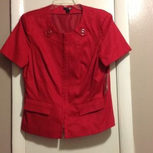 Red short sleeve jacket