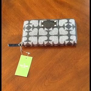 kate spade Clutches & Wallets - New Authentic Kate Spade Wallet
