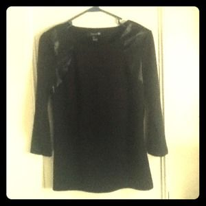 F21 Black Fashionista Shirt