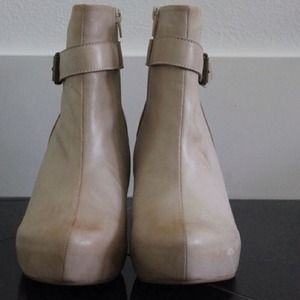 80%20 Nude Ankle Booties
