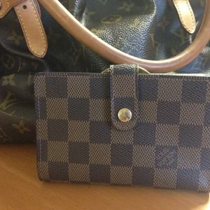 Additional pics of LV Damier Ebene French Wallet