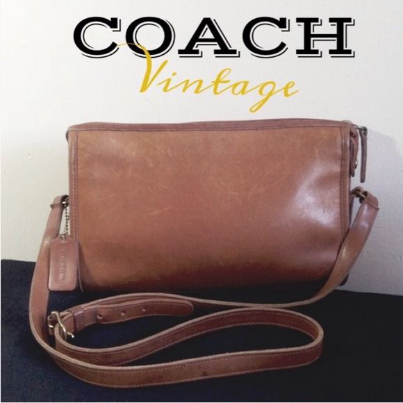 Coach Handbags - Vintage Coach Caramel Brown Leather Shoulder bag a41c34f8ad859