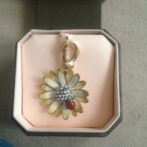 Juicy couture charm🌟🌟🌟new low price🌟🌟🌟
