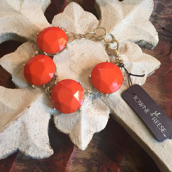 Towne & Reese Jewelry - 🌟Just Reduced🌟Towne & Reese Coral bracelet