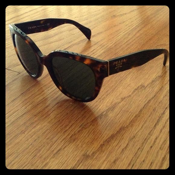 a1cefe8755887 Black Prada Tortoise Shell Sunglasses SPR 170. M 51bc504b6056d57f730098e2