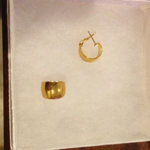 Small gold tone earrings with gold posts