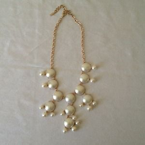 White pearl bubble necklace