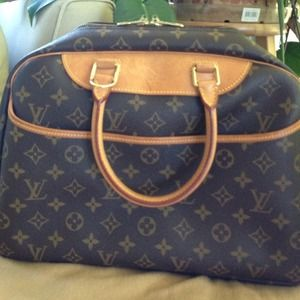 Authentic LV Cosmetic Bag