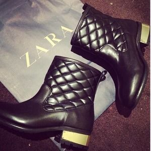 Zara black & gold booties