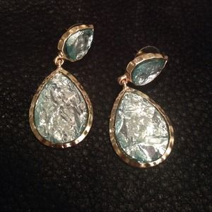 Jewelry - Amrita Singh Sag Harbor Earrings in Aqua. New!