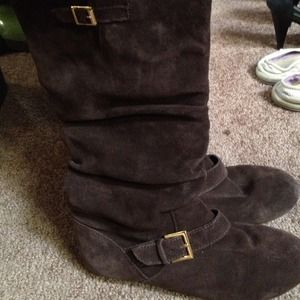 Brown Steve Madden suede boots