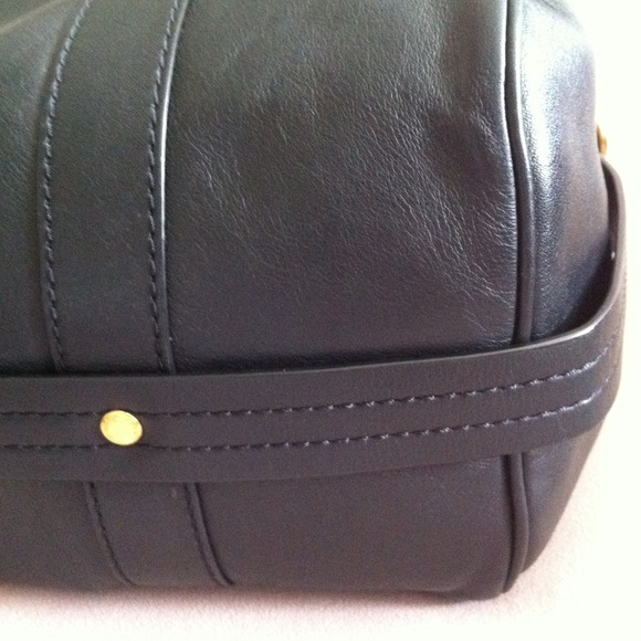 Marc by Marc Jacobs Handbags - HOST PICKMarc by Marc Jacobs bag 3