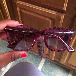 8fe6240baeaa Dolce   Gabbana Accessories - Dolce   Gabbana plastic Hot pink Wayfarer