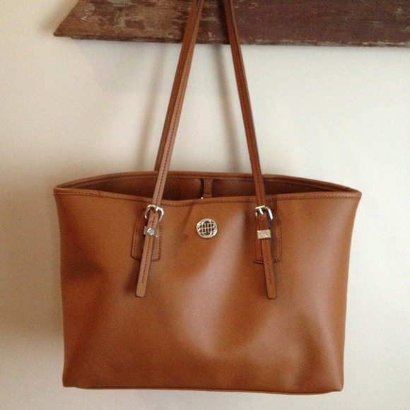 How to Find Reputable Replica Bags Store  Hannah Handbags