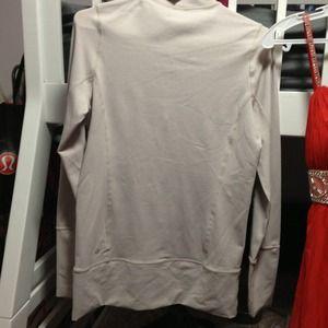 lululemon athletica Jackets & Coats - Lululemon running jacket size 6
