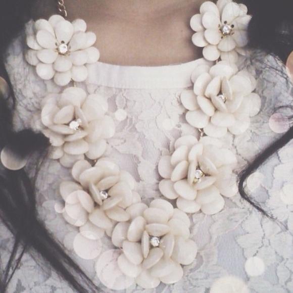 white rose boutique