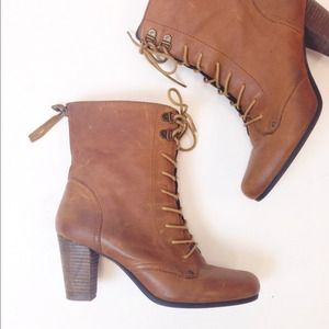 Steve Madden Boots - Steve Madden Lace Up Booties