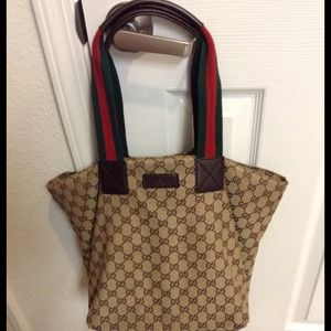 100% authentic Gucci tote.
