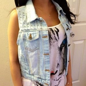 Jackets & Blazers - Light Wash Denim Vest
