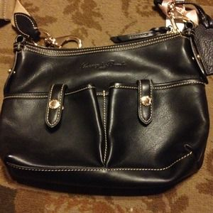 AUTHENTIC dooney & Bourne leather purse