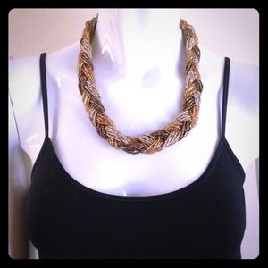 Jewelry - Multi colored braided bead necklace
