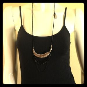 Jewelry - Long feather necklace