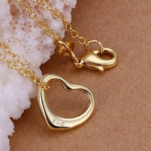 STUNNING HEART NECKLACE GOLD PLATED 925 SILVER
