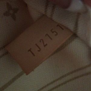 Louis Vuitton Bags - Louis Vuitton Neverfull GM Damier Azur